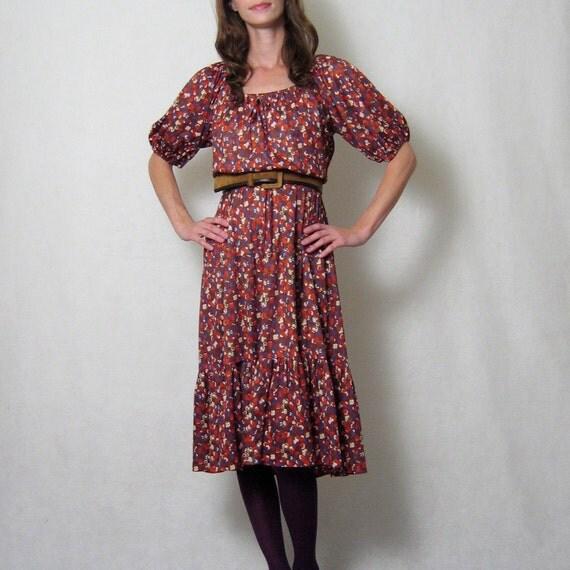 vintage 1970s FLORAL peasant dress, m - l