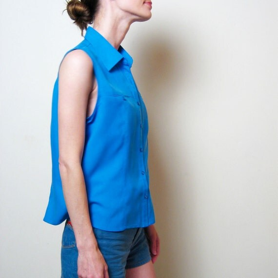 SALE  BLUE SILK sleeveless blouse, m