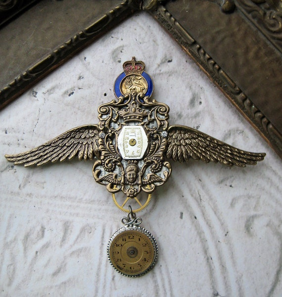 Royal Steampunk Antique Pocket Watch Parts Brooch vintage enamel pin crown lion Ornate Brass angel wings rhinestones