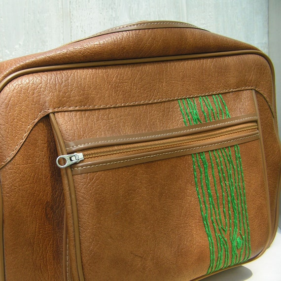 overnight bag with green tree