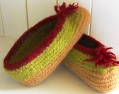 Womens Wool Knitted Felted Slippers for Cottage and Home