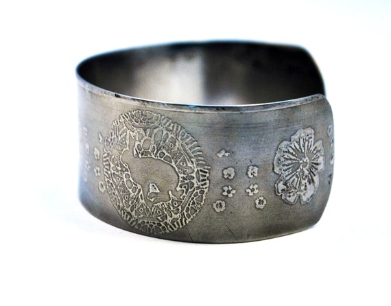 steel hare cuff, stainless steel bangle, medium surgical steel cuff