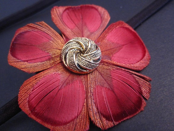 MELLY IN RED- peacock flower stretch headband / clip
