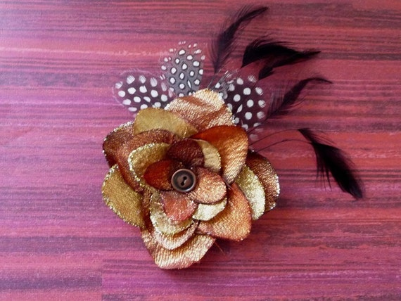 KORA - Flower and Feathers with a vintage button