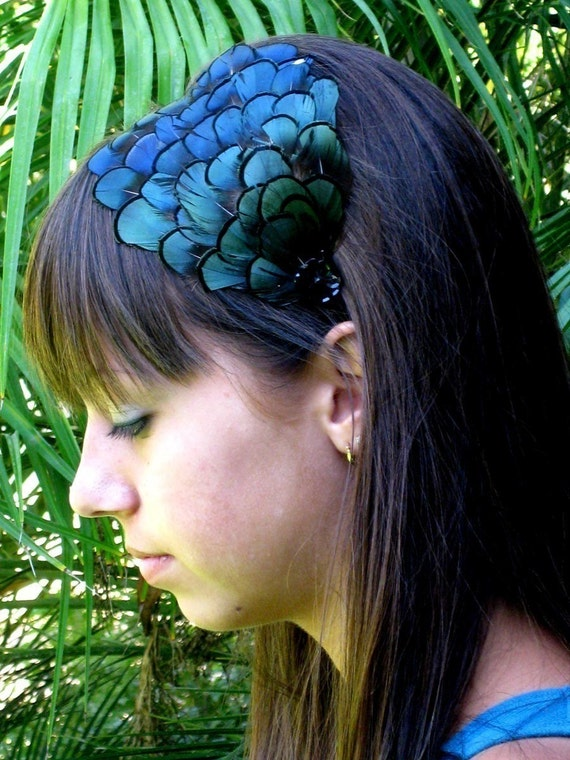 Lady Amherst Feather Headband w\/sequence jewel-