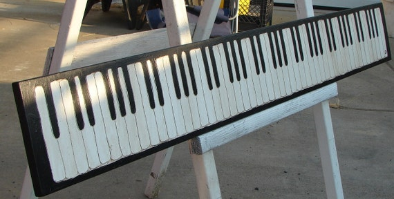 Piano Keyboard sign