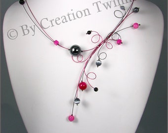 fushia, black, and , agate, onyx, glass, neckalce, bridesmaids necklace, delicate necklace, modern necklace, weddings necklace