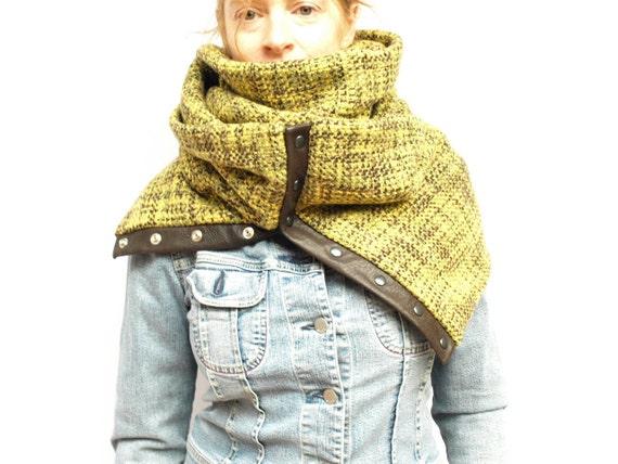 Chunky wool circular infinity scarf