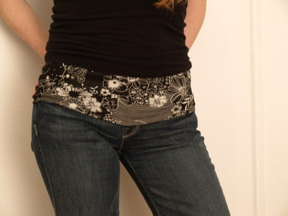 Belly band - maternity fashion accessory