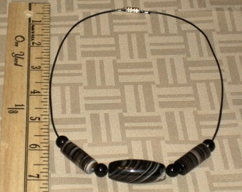 Botswana Agate and Black Onyx Leather Necklace
