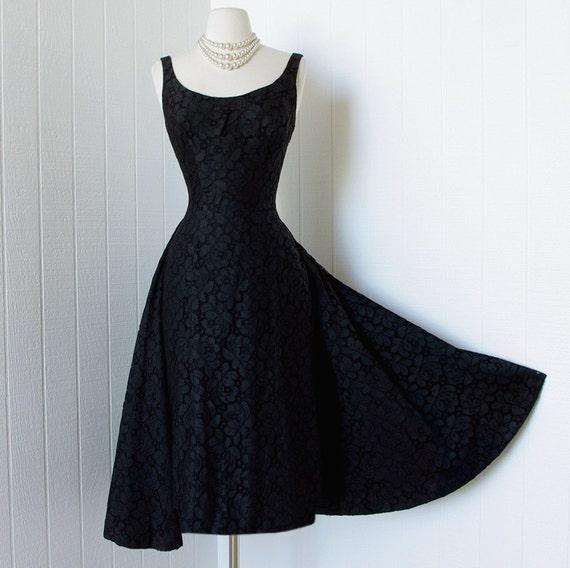 Vintage 1950s Dress ...dramatic Designer Couture SUZY PERETTE