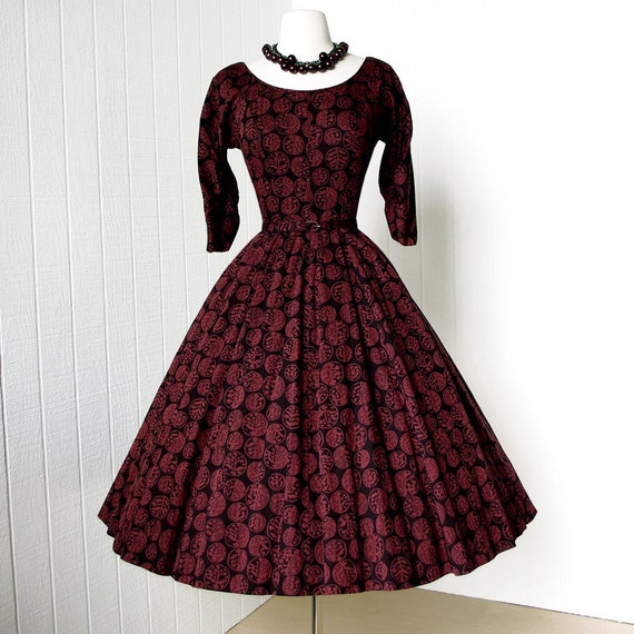 vintage 1950's dress ...fab GIGI YOUNG original novelty abstract botanical print cotton full skirt pin-up dress with bustle back