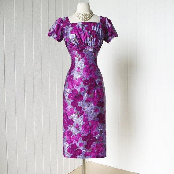 vintage 1950's dress ...gorgeous TEENA PAIGE lavender floral polished cotton shelf-bust bombshell wiggle pin-up cocktail dress