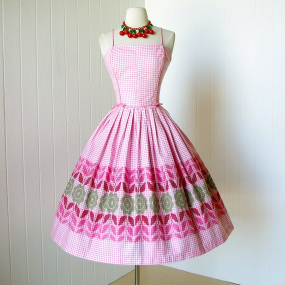vintage 1950's dress ...oh so bardot MODE O'DAY pink gingham floral novelty print cotton pin-up summer party sun dress