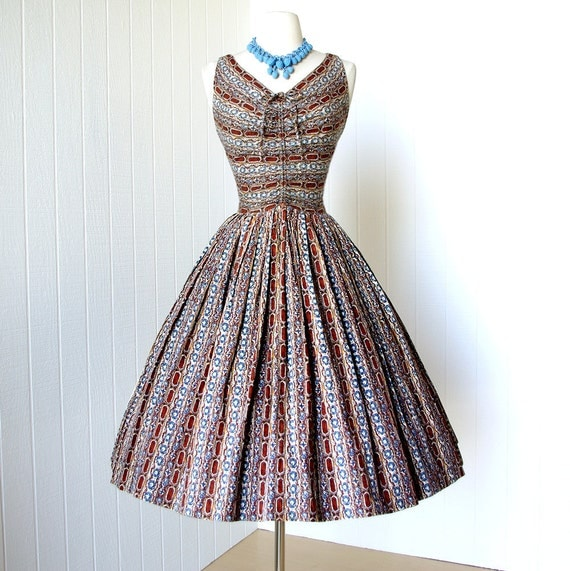 vintage 1950's dress ...fabulous DAN KELLER cotton moroccan novelty print vavavoom shirred bodice full skirt pin-up party dress