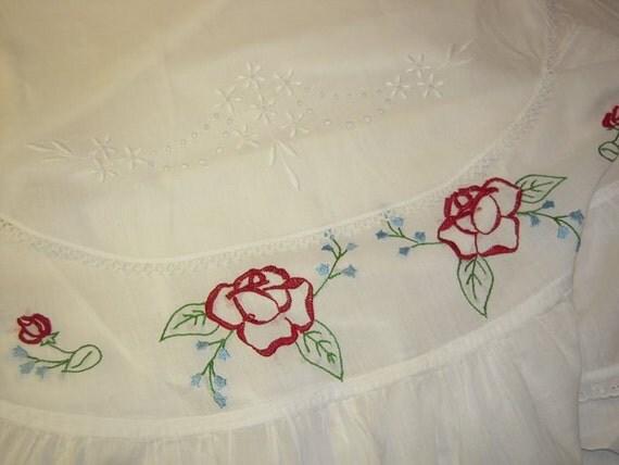 Vintage Apron Pair Elegant White Embroidered Roses & Eyelet Lace