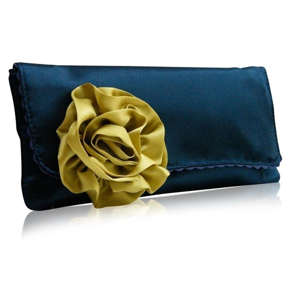 Georgia navy\/lime clutch bag