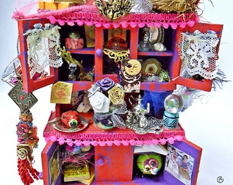 Last chance SALE  OOAK Miniature Dollhouse Diorama The House of Colors by  WiLd PeArLy