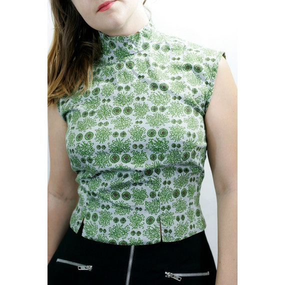 60s Era Asian Inspired Blouse Of Gray And Green Bouquets