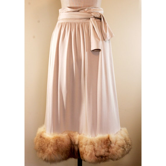 ON HOLD / 70s Fur Cream Skirt / Winter Wonderland / RAD