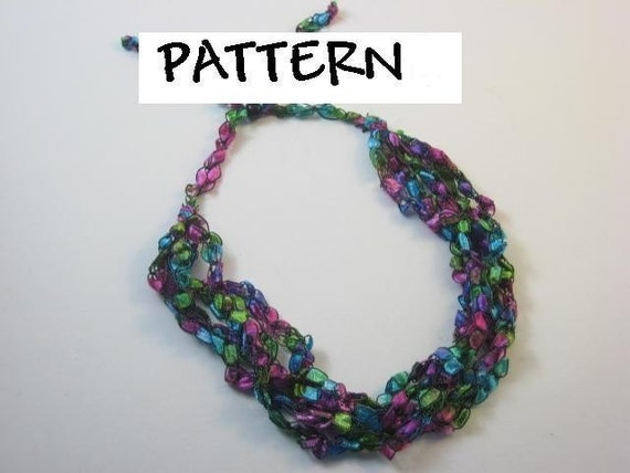 Trellis Ladder Yarn Crochet Necklace Pattern