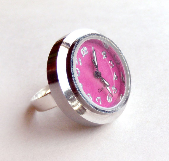 Watch Ring - Working Clock Ring - 2 Face Sizes Available - Many Colors