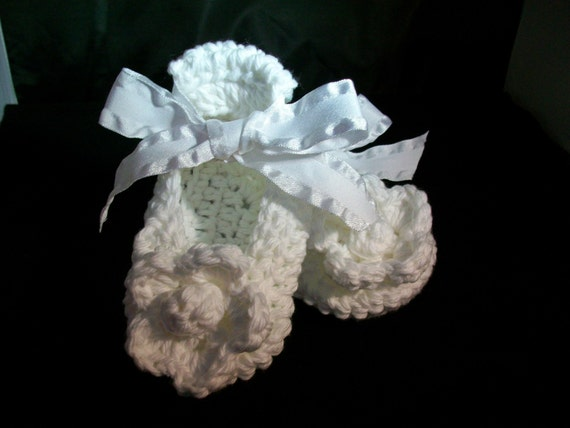 READY To Ship.....LIMITED TIME......Free Shipping.........Ribbon Style Ballerina Slippers In Pure White