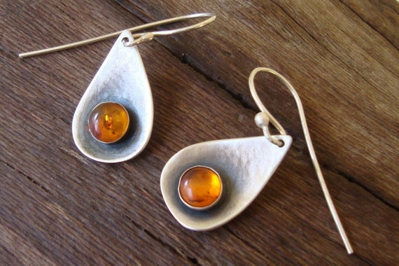 Teardrop Earrings Baltic Amber Earrings Hammered Earrings oxidized sterling silver jewelry for her yellow jewelry artisan