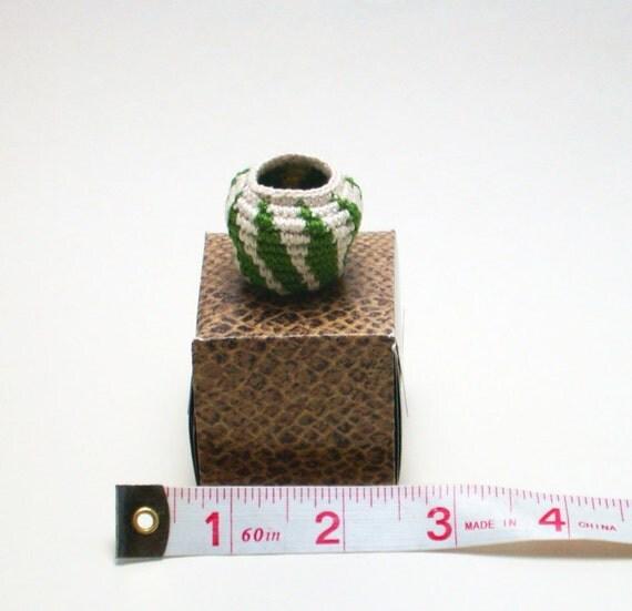 Folk Art Coil Basket - Miniature Handcrafted