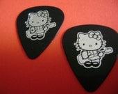 2 hello kitty guitar picks