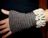 Instant download - Crochet PATTERN (pdf file) - Ruffled Arm Warmers