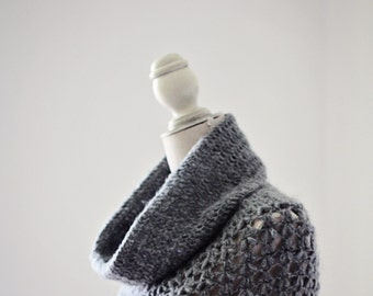 Crochet PATTERN - Ladies Cowl - Poncho