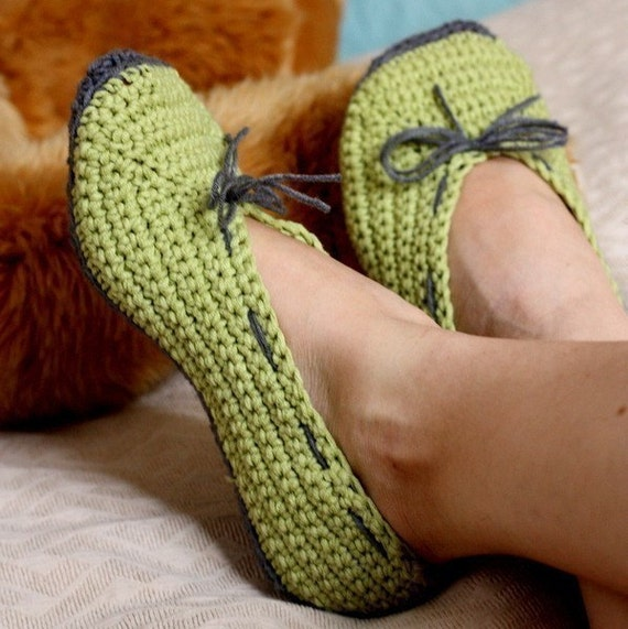 Instant download - Crochet women slippers PATTERN (pdf file) - Ladies Ballet Flats