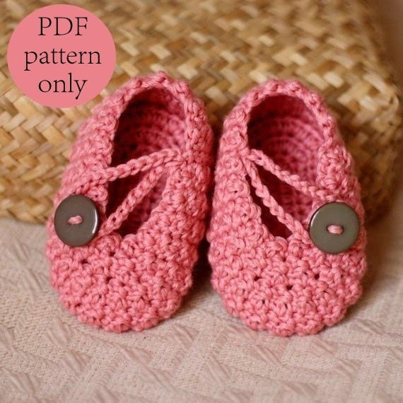 Crochet Baby Booties Pattern With Pictures : Crochet PATTERN Pretty in Pink Baby Booties