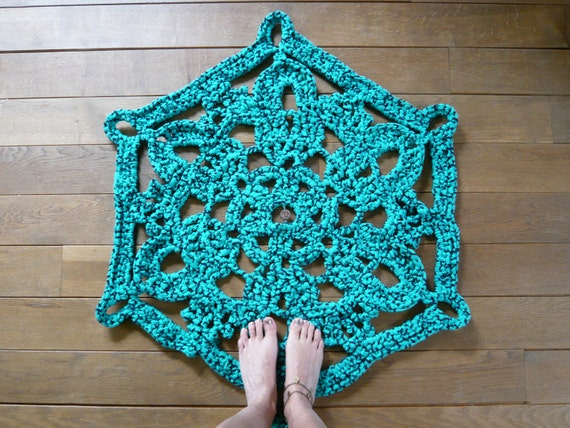 doily bath rug turquoise