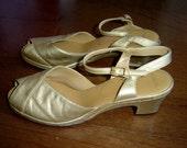 SALE 70's Mod Gold Heels 8 1/2