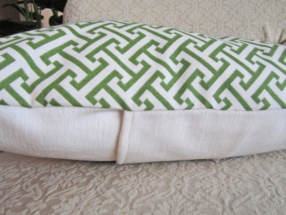Kelly Green Throw Pillow : Decorative Throw Pillow Cover Kelly Green 18 x 18 Waverly