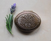 Lavender Fields Vera Solid Natural Perfume in a Victorian inspired Mini Keepsake Locket - Gift for Mom