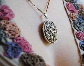 Floral Tapestry Natural Perfume Locket with Antique finish, Romantic engraved pendant, Boho Victorian, Spring Flower Power Necklace