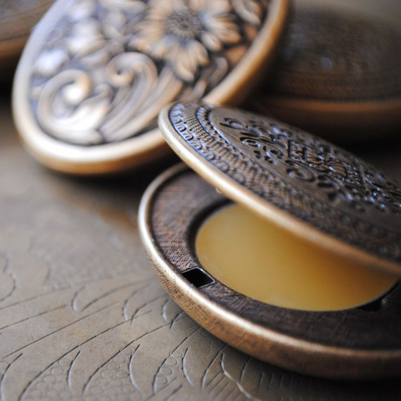 Natural Perfume refill for Antique Floral Locket