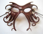 Cthulhu leather mask, hand-painted in oxblood and bronze, Halloween