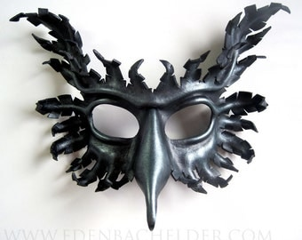 Griffin leather mask, hand-painted in oxidized iron and pewter finish, gryphon, Halloween