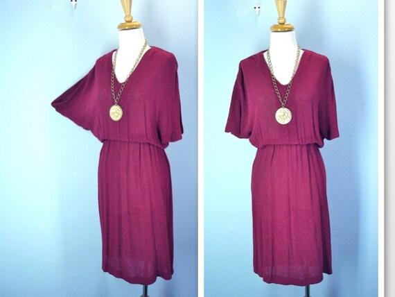 1970s Dress / Raspberry Dolman Sleeve Knit Dress / s-m