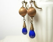 Lapis luzuli earrings vintage etched patinaed brass colbalt blue