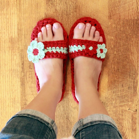 Instant Download - Crochet Pattern - Pammy Sandals with Flowers
