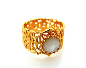 Filigree Ring Gold -  Mother Of Pearl Ring - Gold Pearl Ring -June Birthstone Ring - Hand Made Ring - Gift For Her - Stone Ring -Inbalbittan