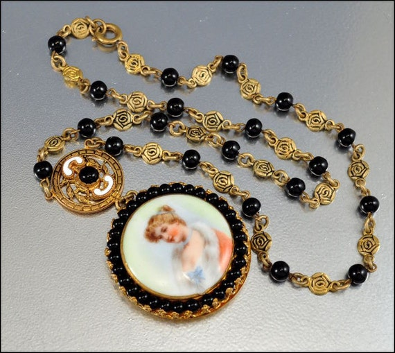 Art Deco Necklace Czech Glass Enamel Cameo Portrait Gold Porcelain VIntage 1920s Jewelry