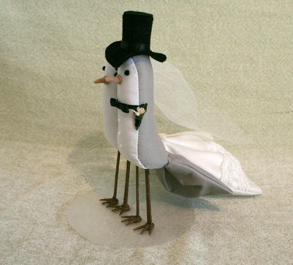 Bird Cake Topper - Custom Made Wedding Cake Topper - Fabic birds for your Wedding Cake