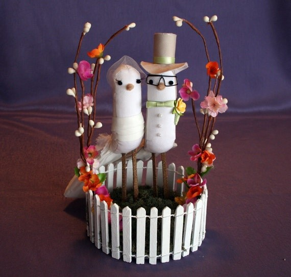 Wedding Cake Topper - Vintage Style Bird Cake Topper - Custom Made Love Birds on flat moss and trellis style stand