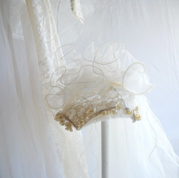 Vintage Veil Beaded Bridal Veil Antique White Veil Wedding Veil Fingertip Length 1940s Veil